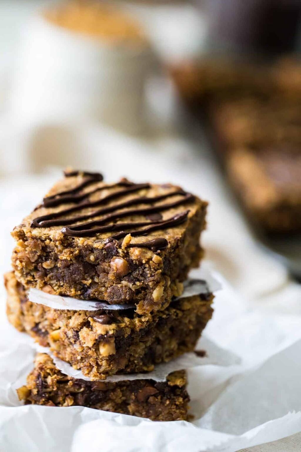 healthy peanut butter oatmeal breakfast bars image
