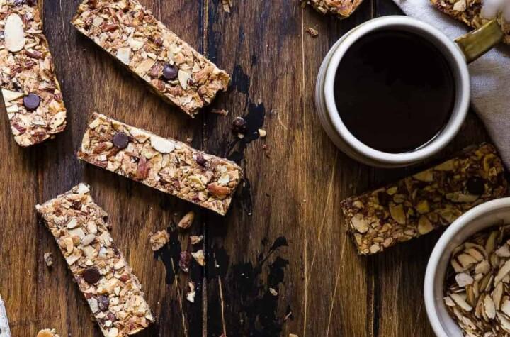 sugar free keto low carb granola bars pic