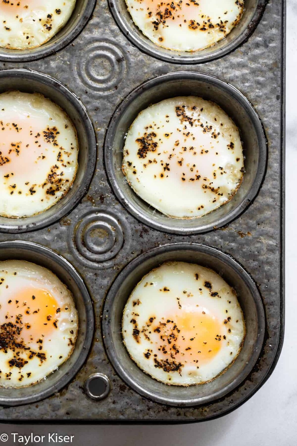 how to cook eggs in the oven picture