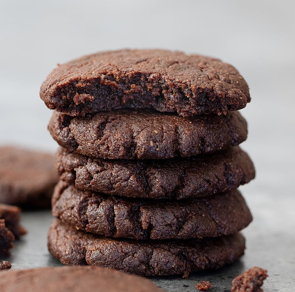 3 ing keto choc cookies 3