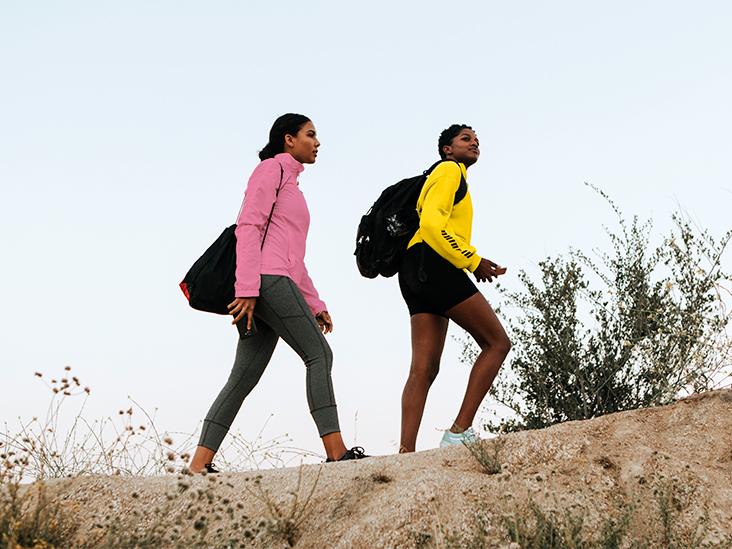 GRT female friends hiking 732x549 thumb 1