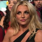 Britney Spears highlights life changes with impromptu paining session