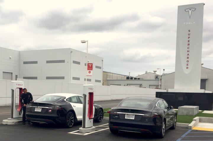 LAPD Tesla Hawthorne Supercharger 3